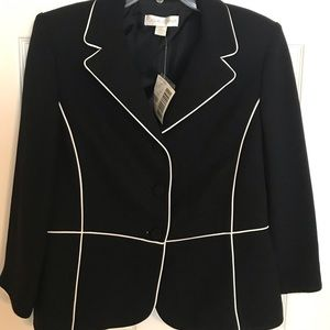 Casual corner suit jacket size 12 NWT